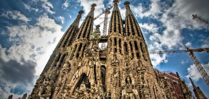 Η AkzoNobel προστατεύει ναό της Βαρκελώνης